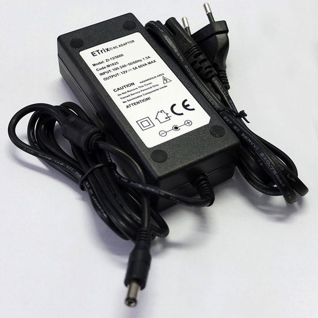 Bild von APM - Netzteil 12 Volt 5A für 220 V