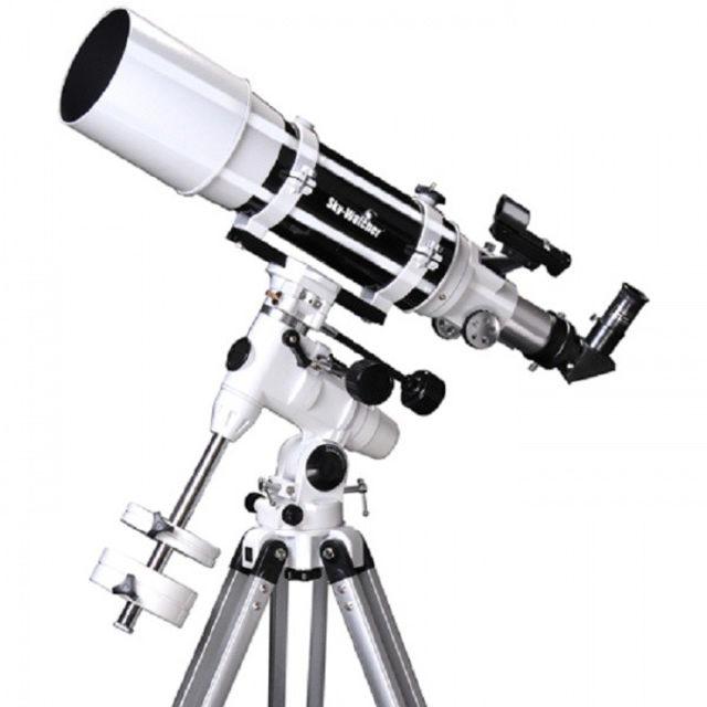 Bild von Skywatcher Startravel 120 Refraktor Teleskop auf N-EQ3