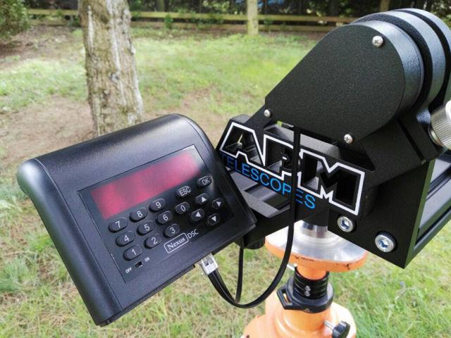 Bild von APM Gabelmontierung mit AMT Encoder und Nexus PRO Controller- für Großferngläser