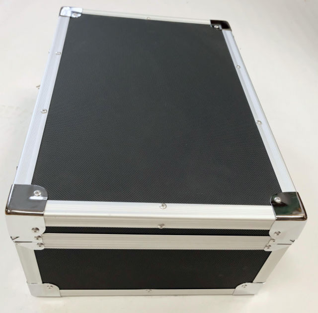 Picture of Transport case in black with aluminium frame