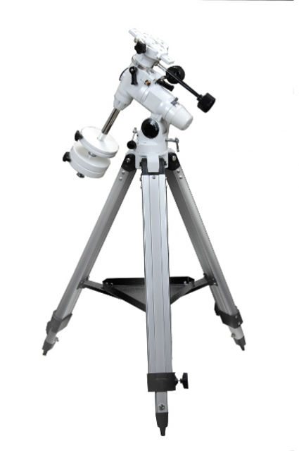 Picture of Skywatcher NEQ3-2 mount with tripod
