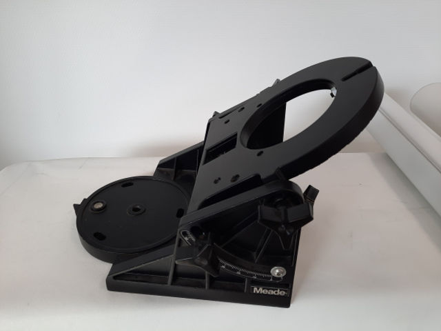 """Picture of Meade Wedge 8"""""""
